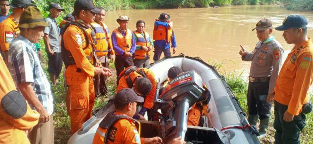 Pencarian Korban Tenggelam di Pekon Way Kunyir